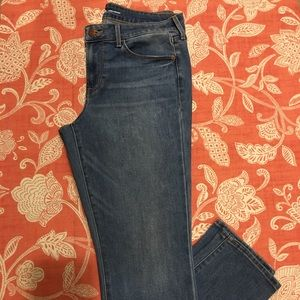 OLD NAVY-Women's Mid-rise Power Straight Jean